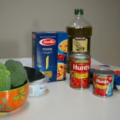 Esta Noche Cenamos Pollo con Tomates Hunt's y Pesto. #mamasabemas