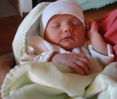 Los Nombres de Bebés más Populares de 2012 entre Papás Latinos y Predicciones para el 2013