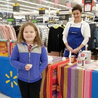Celebrando las Fiestas con Walmart